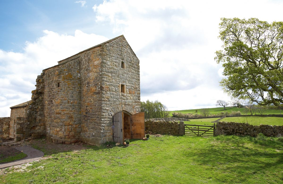 Scargill Castle is located in Scargill