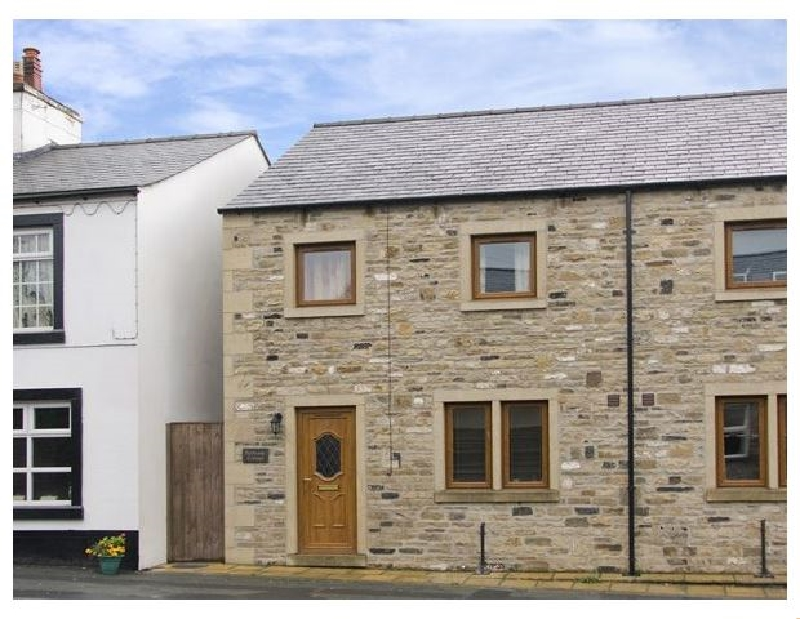 Click here for more about Bytheway Cottage