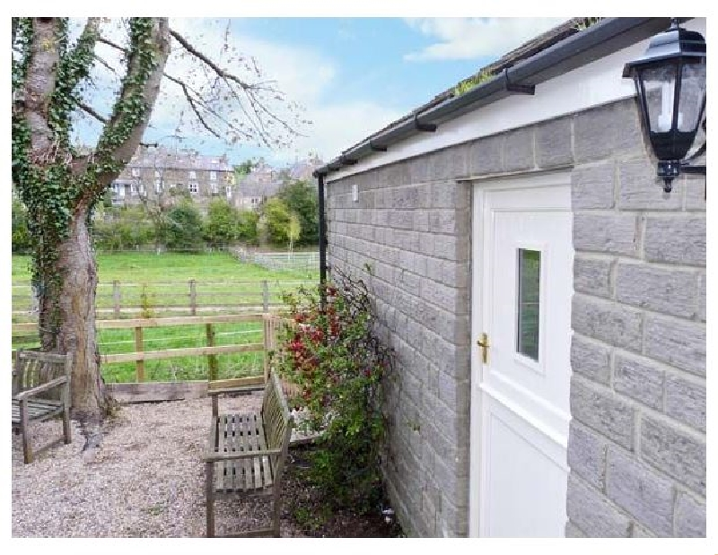 Click here for more about Lair Close Cottage