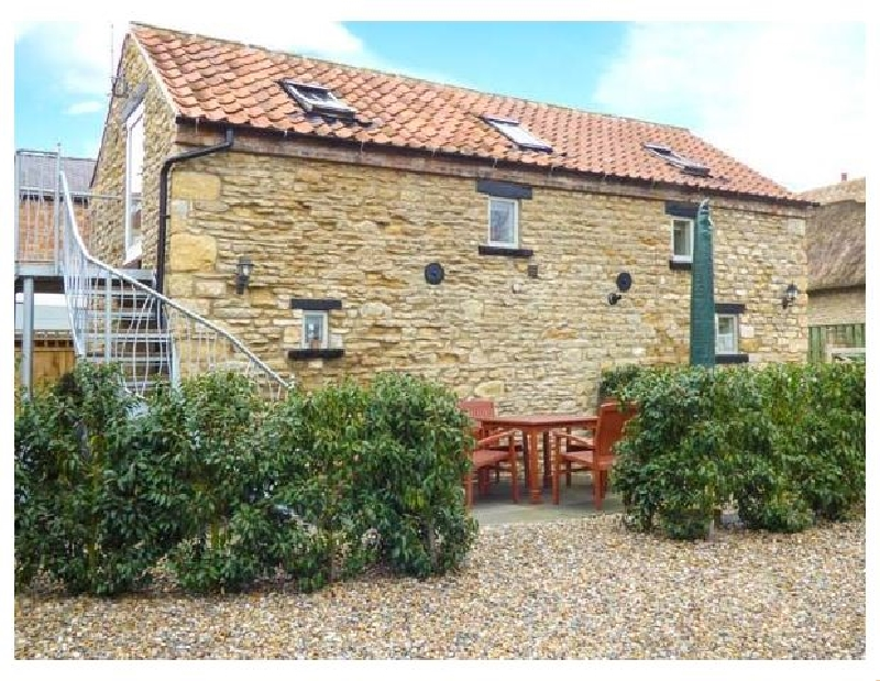 Click here for more about Upstairs Downstairs Cottage