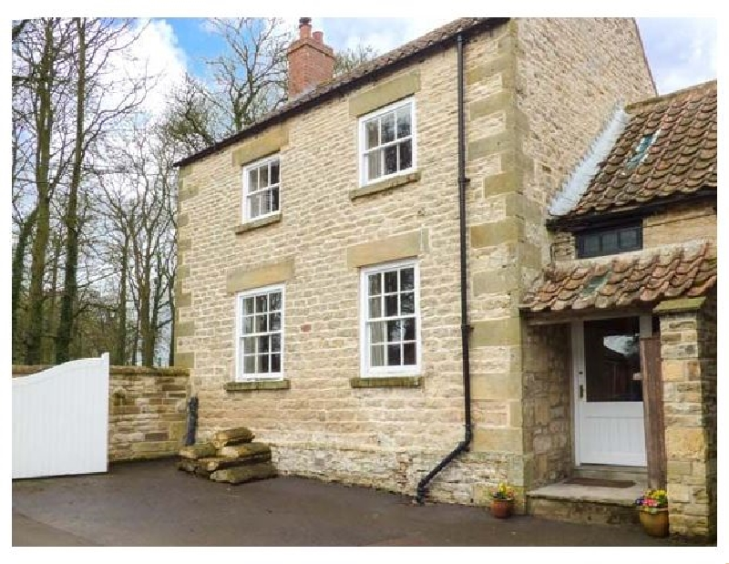 Click here for more about Headon Yard Cottage