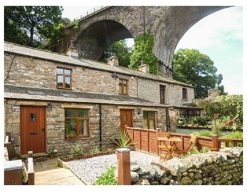 Click here for more about Greta Cottage