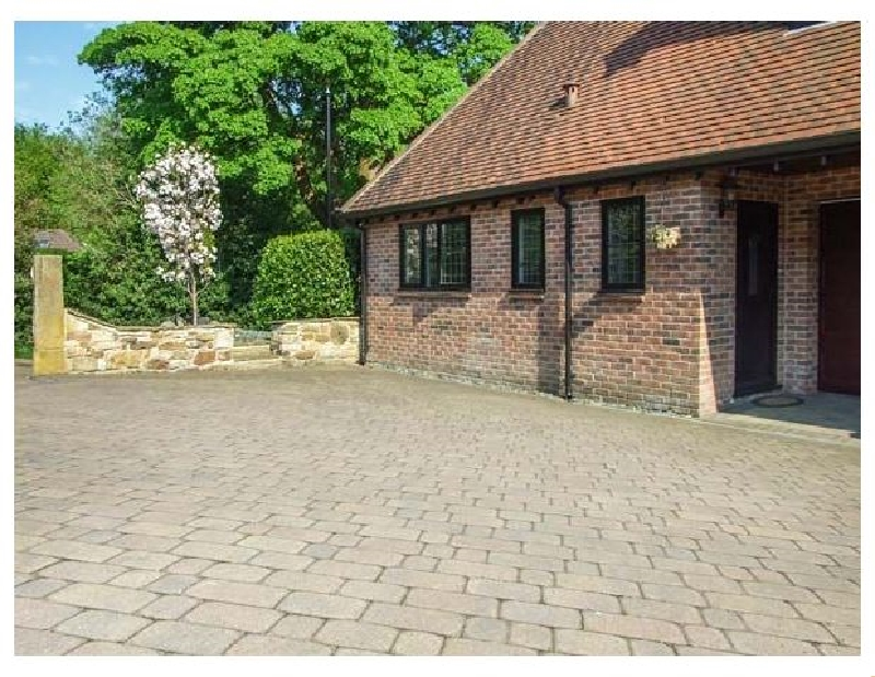 Click here for more about Beechcroft Corner House