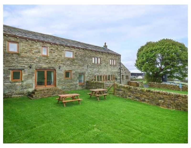 Click here for more about Upper Peaks Barn