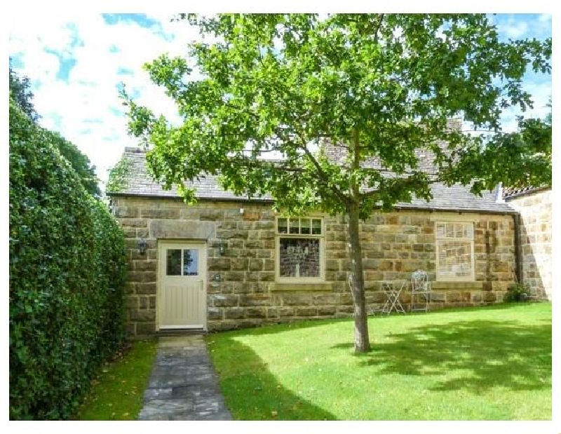 Click here for more about Oaktree Cottage