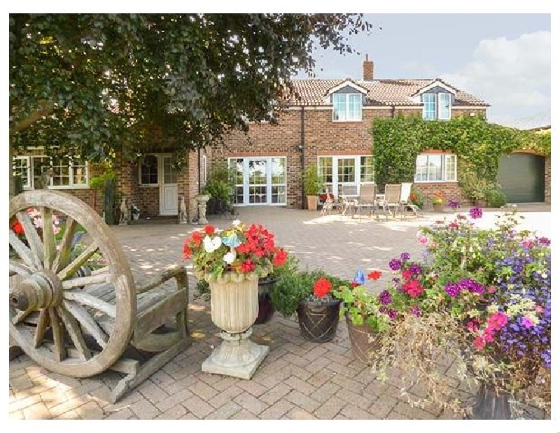 Click here for more about Golden Hill Cottage