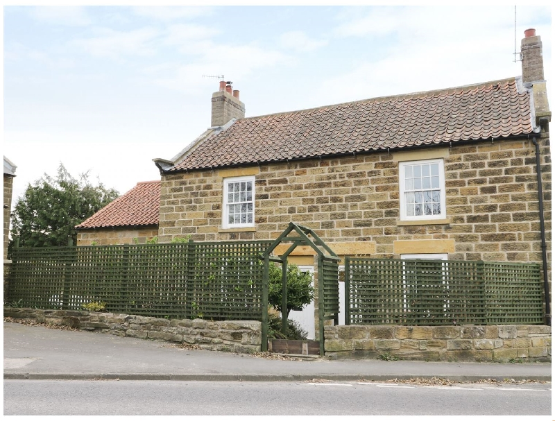 Click here for more about 2 Church Cottages