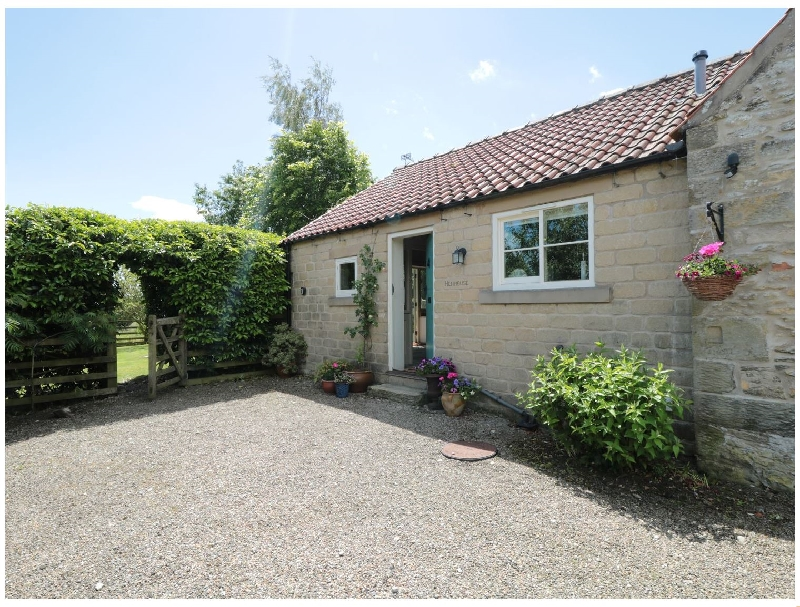 Click here for more about Henhouse Cottage
