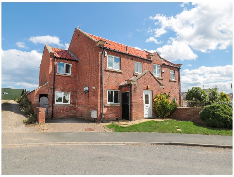 Click here for more about 21 Pond Farm Close