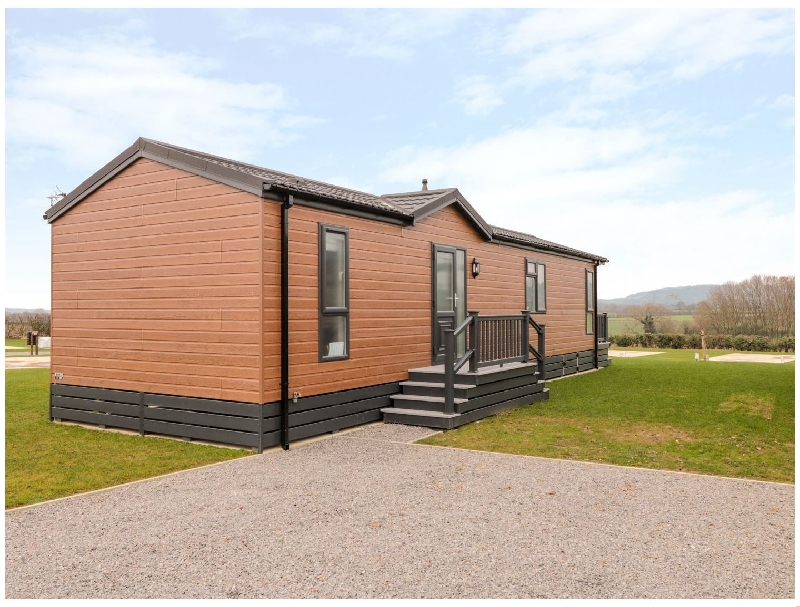 Click here for more about 22 Meadow View Lodge