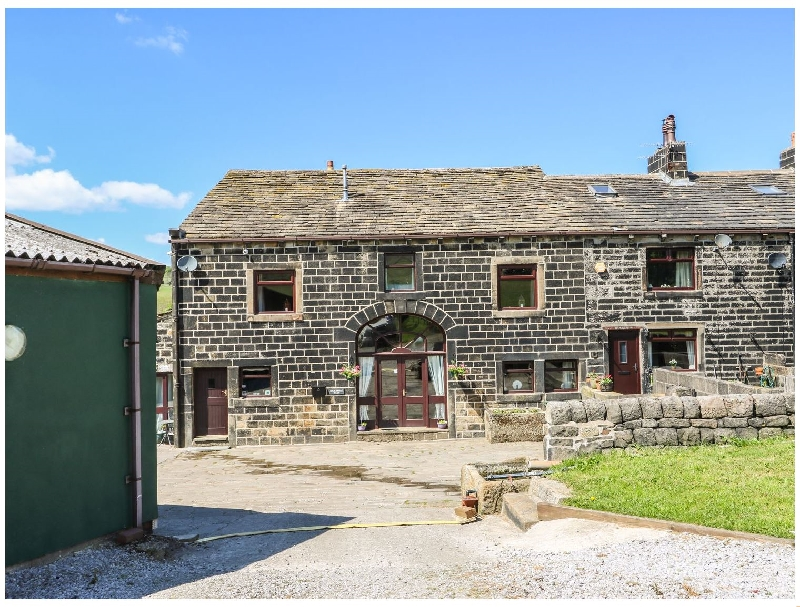 Click here for more about Shoebroad Barn