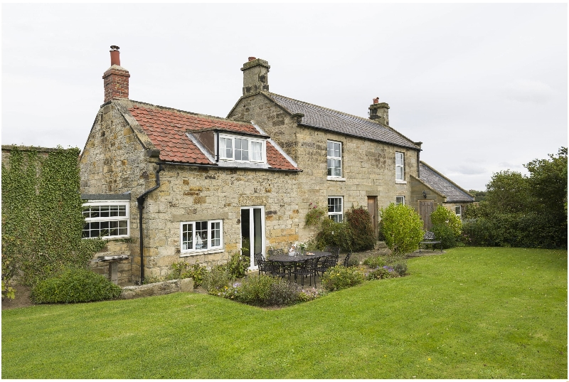 Click here for more about Hillside Cottage