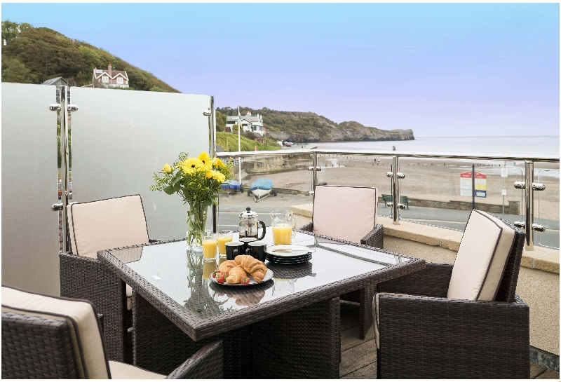 Click here for more about Turnstone Cottage- Sandsend