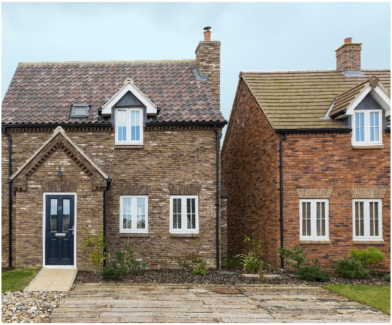 Click here for more about Captains Cottage